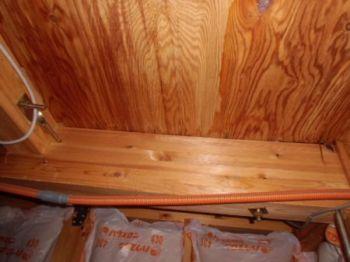 天井裏の住宅診断